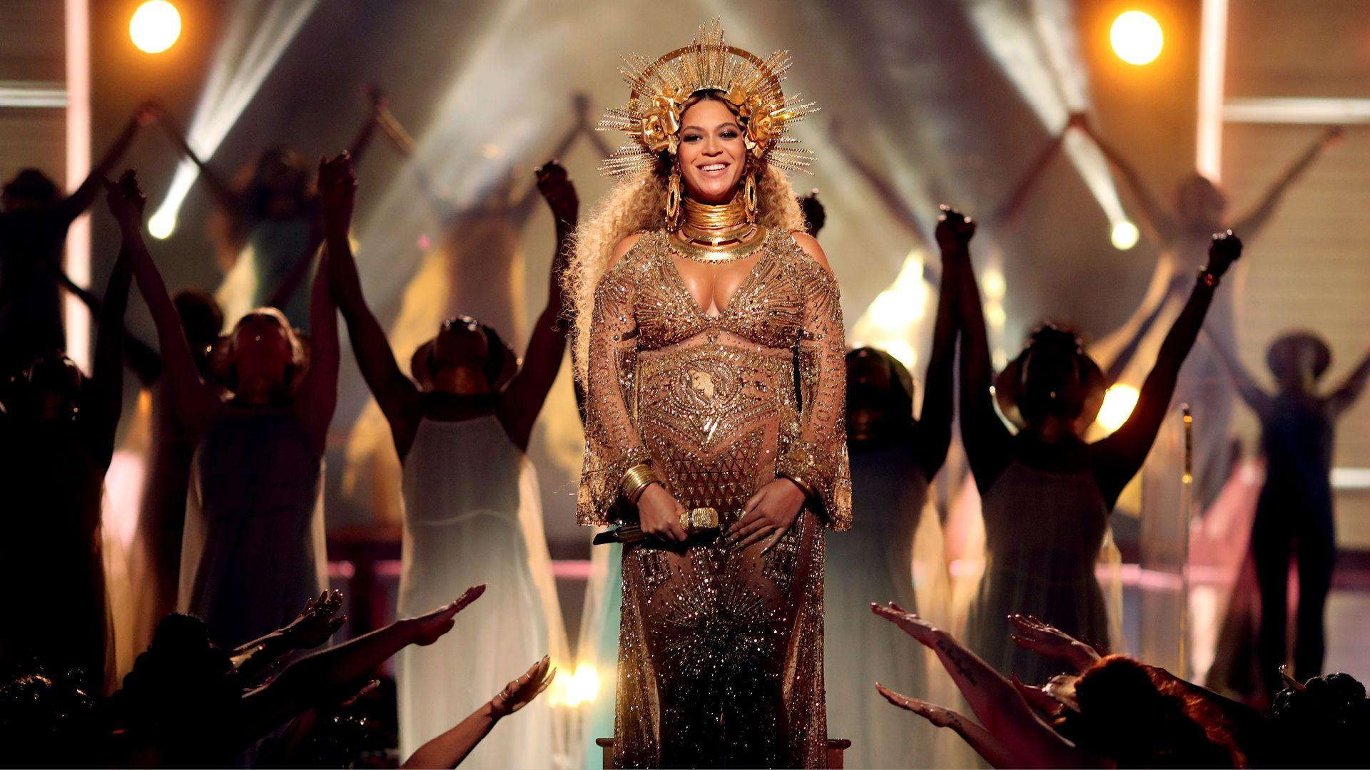 Beyonce Performing At The Grammy's