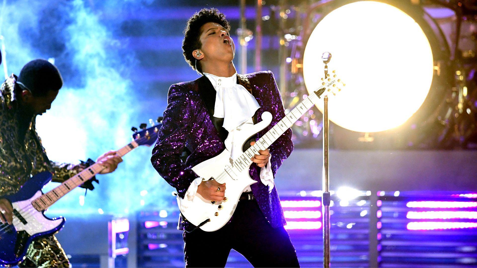 Bruno Mars Prince Tribute