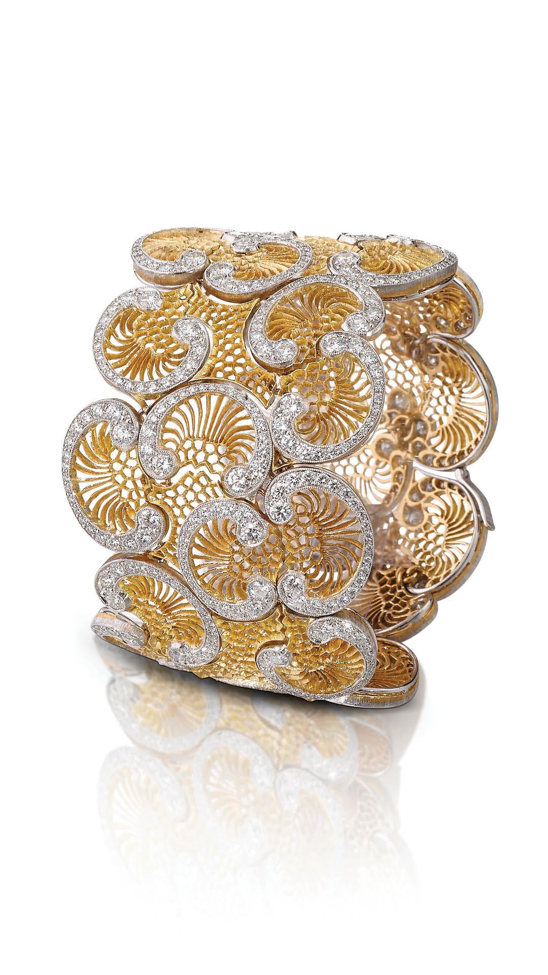 Buccellati yellow gold diamond cuff