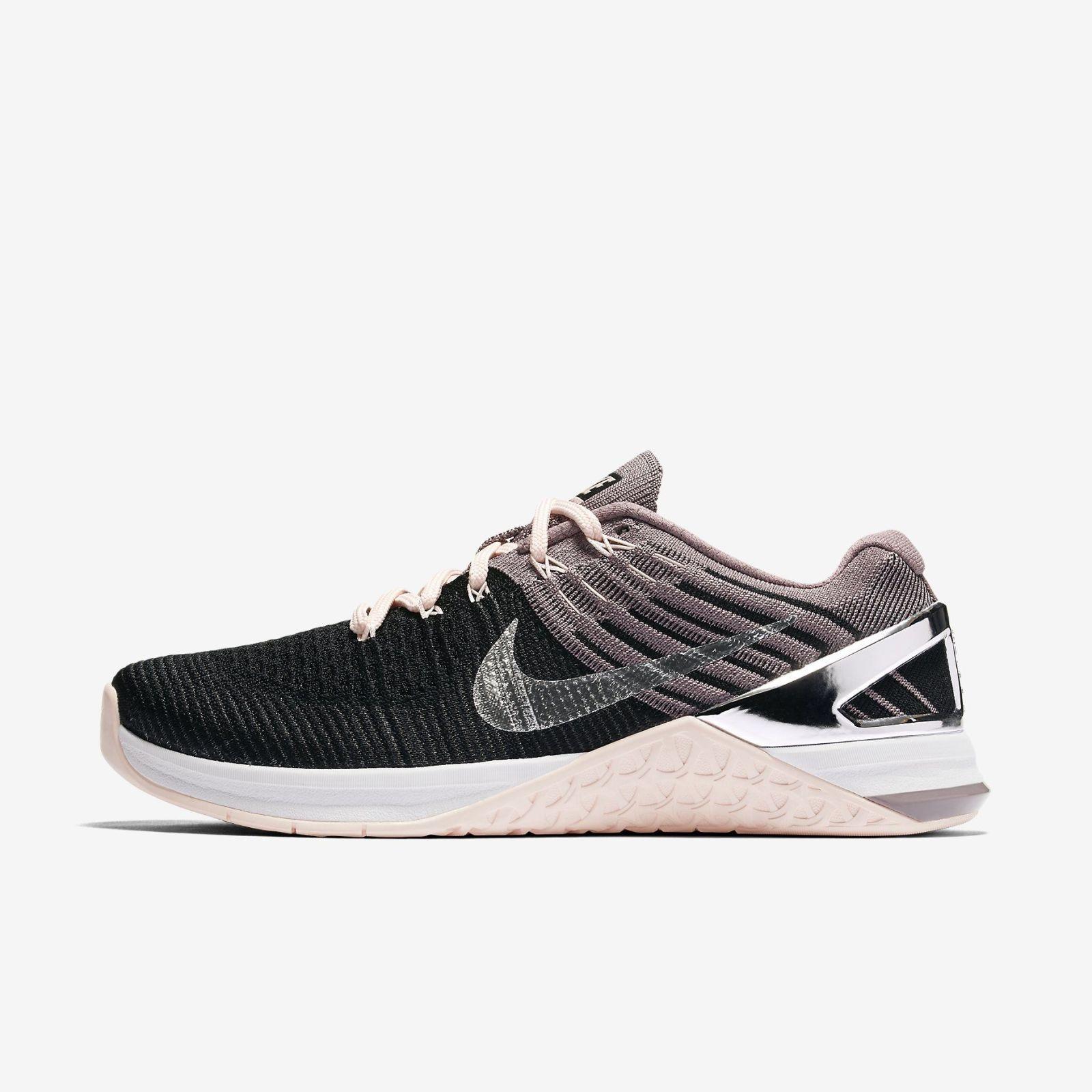 Nike Chrome Blush