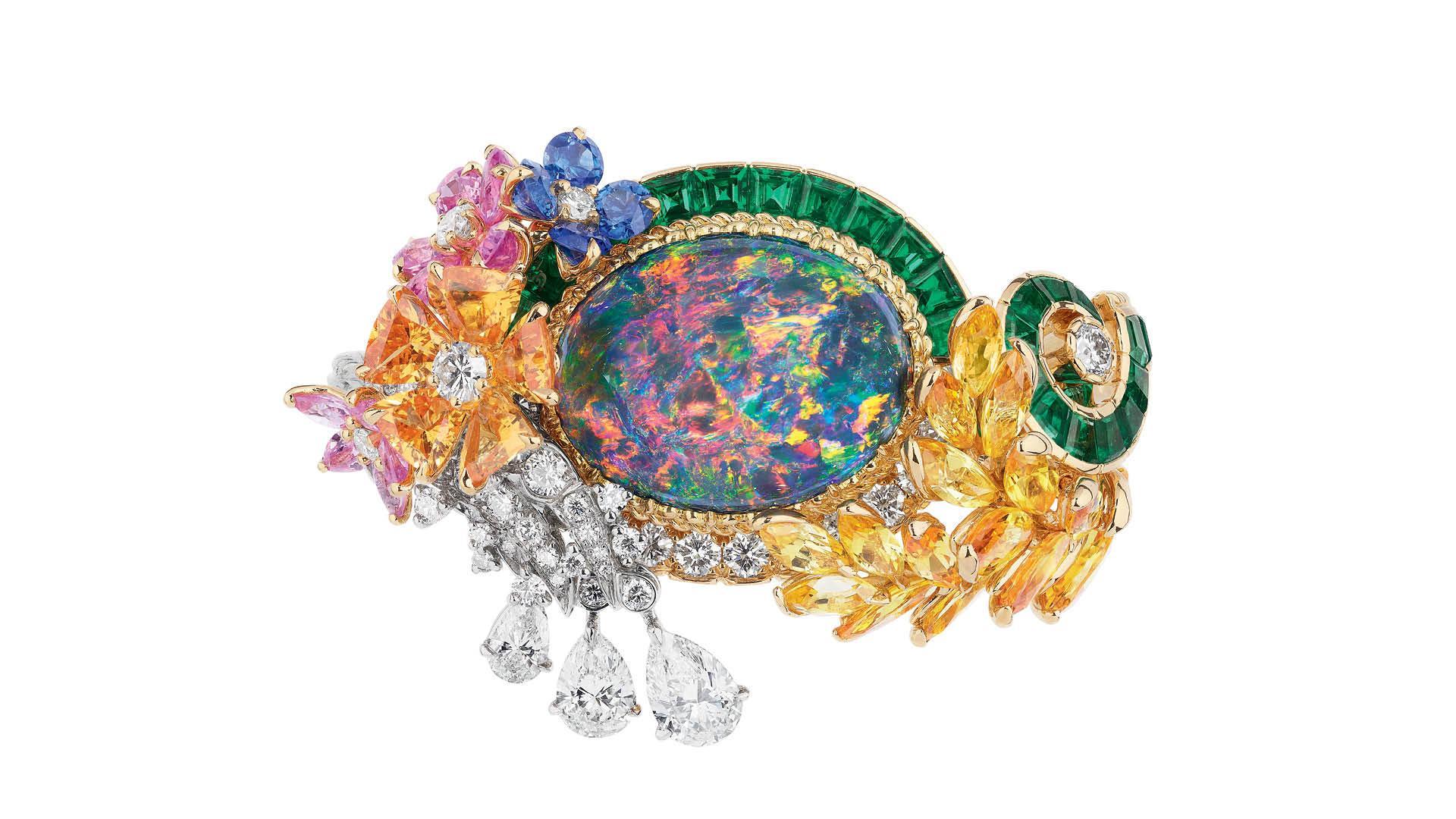 Dior-Opal-Girandole