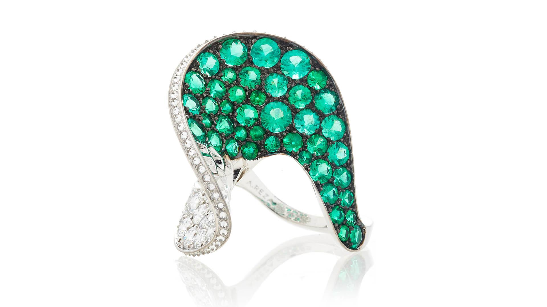 Moda-Operandi-Reza-Emerald-Diamond-Spirale-Ring