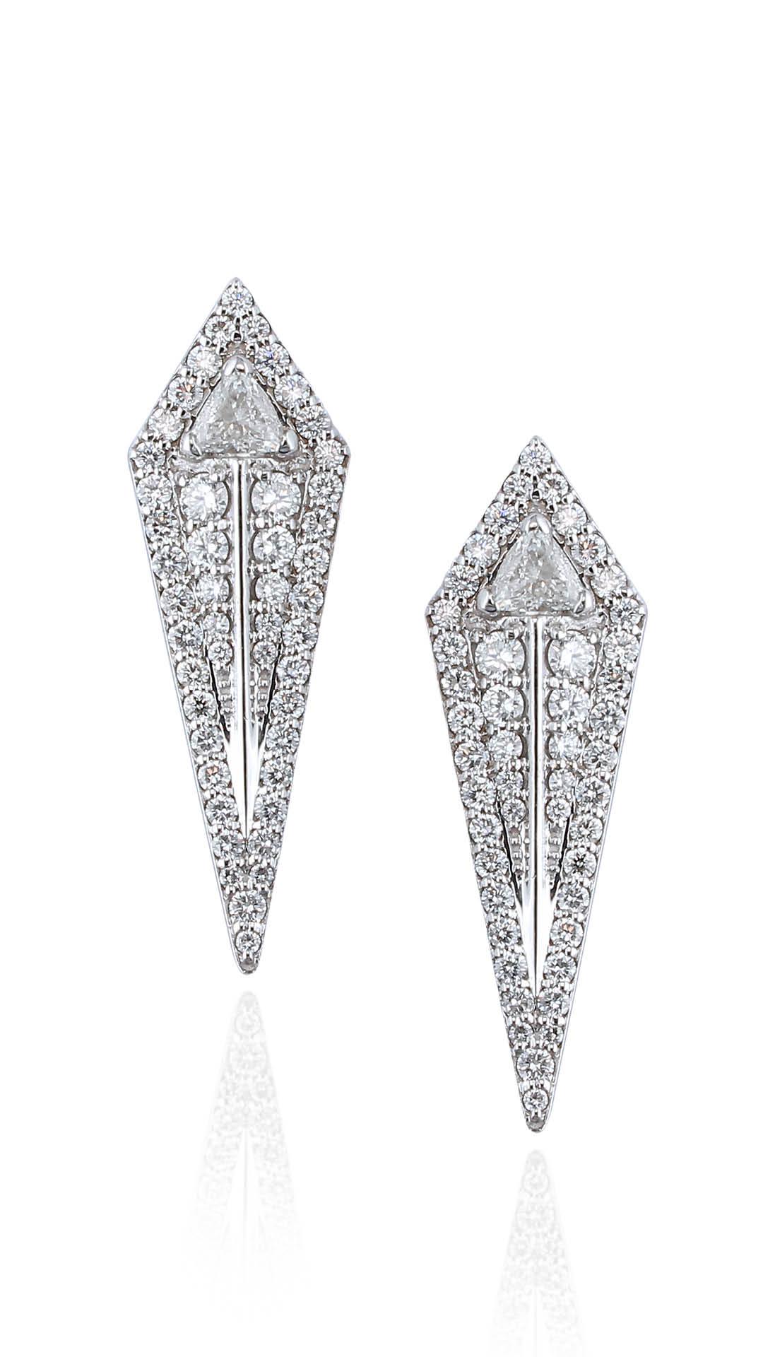 Alessa-Jewelry-Amara-Arrow-Studs