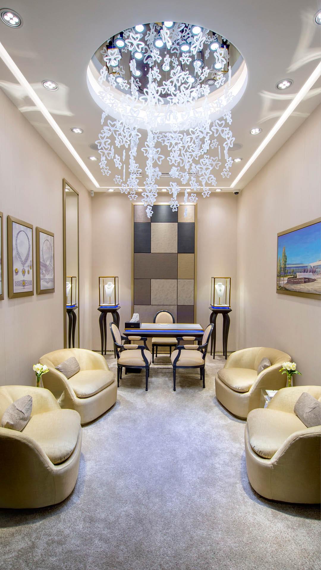 Mouawad Jewelry in the Dubai Mall