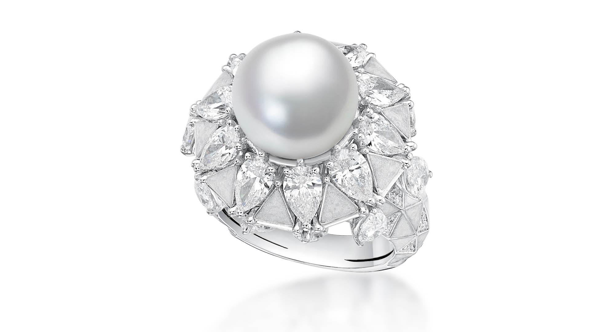 Suwaidi-Pearls-Sarah-Ho-Pearl-Of-Arabia