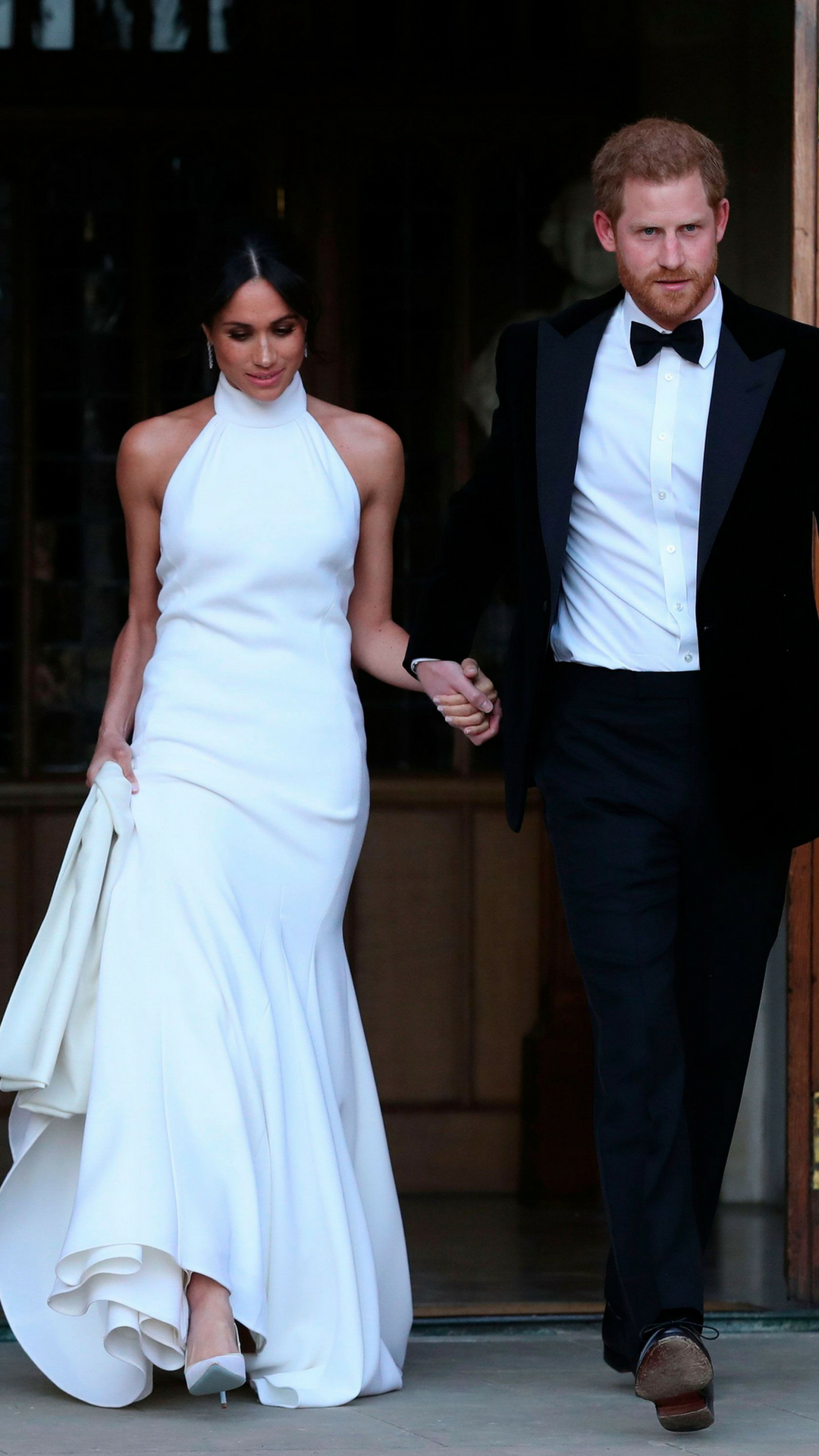 meghan-markle-diamond-earrings-stella-maccartney-dress