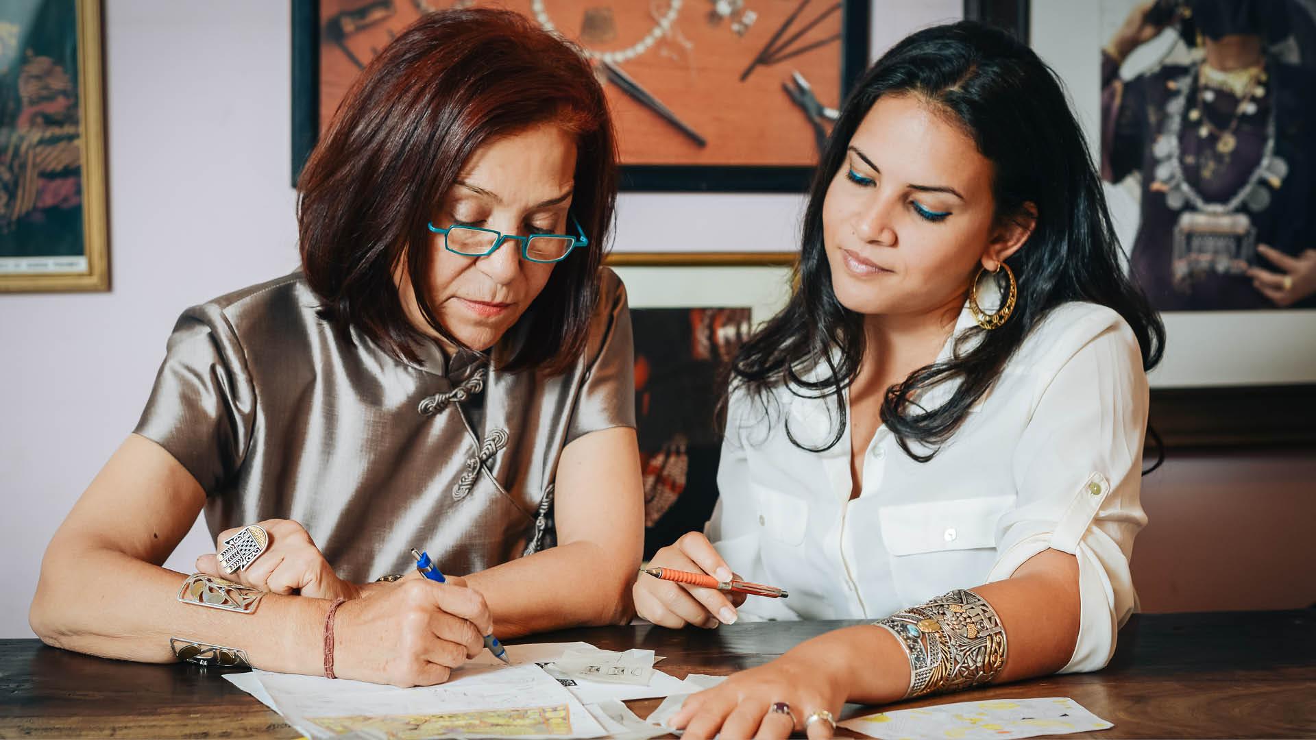 Azza-Fahmy-Jewellery-Amina-Ghali