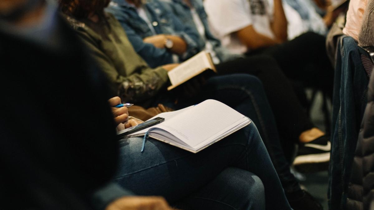 Tashkeel Critical Dialogues workshops led by Kevin Jones. Nicole Honeywill.