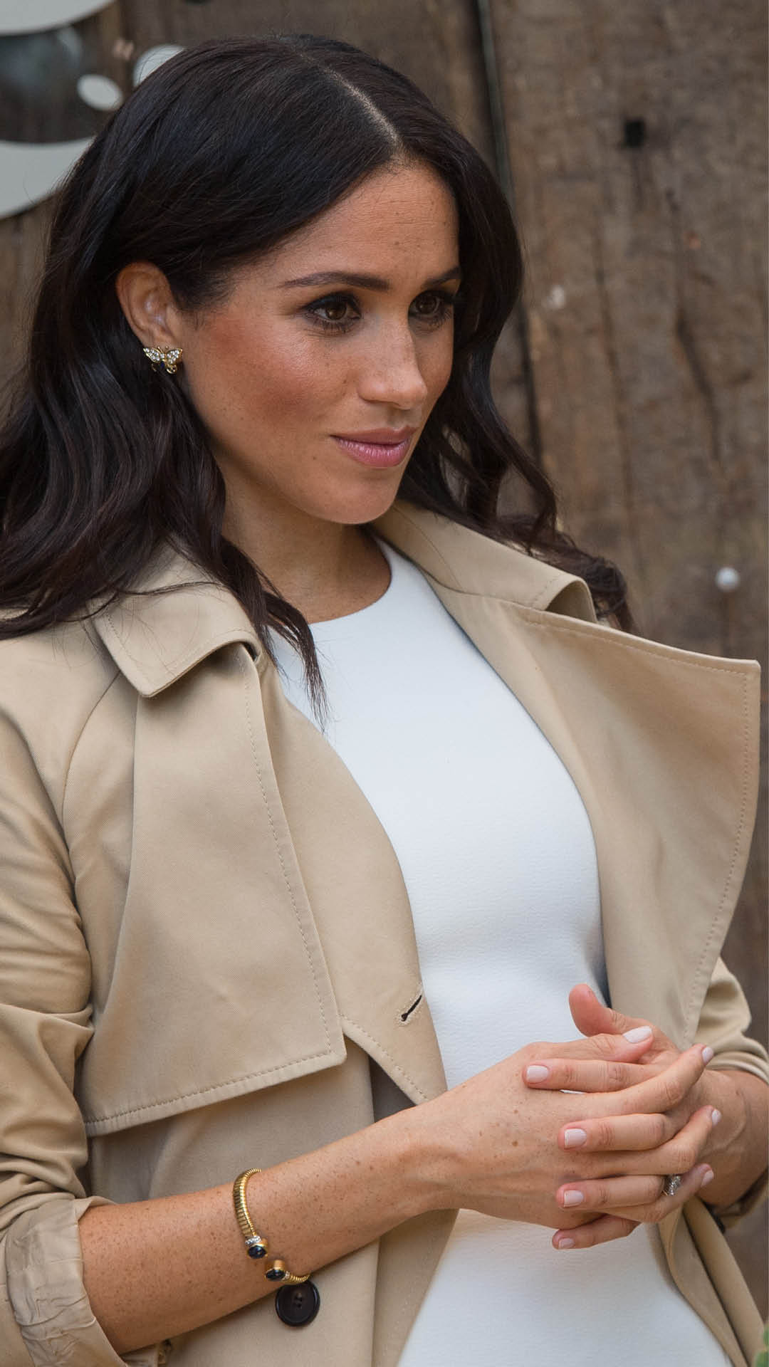 the duchess of sussex steps out in princess diana s jewels duchess of sussex steps out in princess