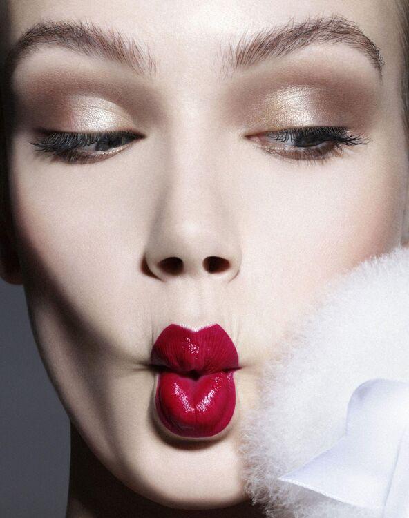 Beauty Bazaar: Make-up Secrets to Look Younger