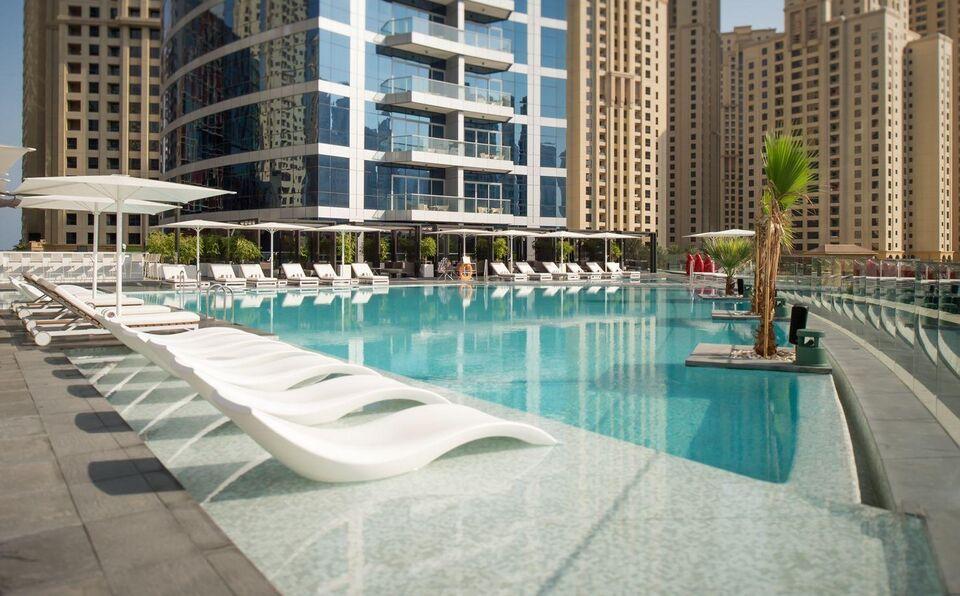 Dubai's Urban Shisha Lounge