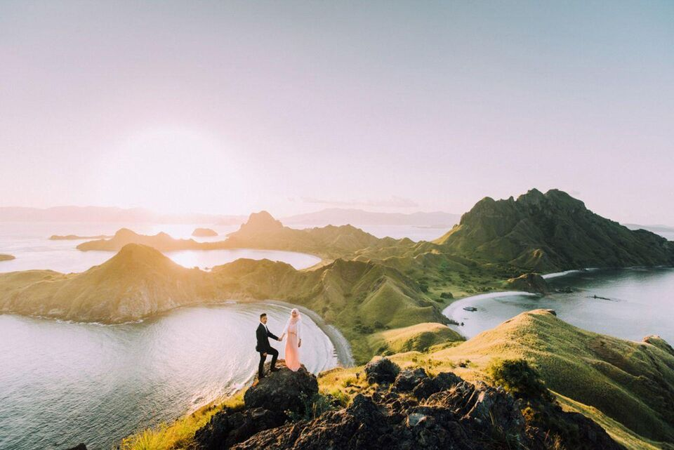 20 Of The Most Incredible Wedding Photos That Will Give Your Major Wanderlust