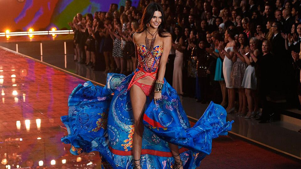 Every Look From The 2015 Victoria's Secret Fashion Show
