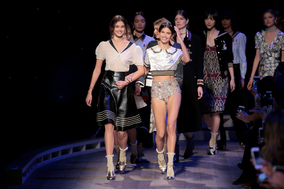 The Top 8 Looks From Tommy Hilfiger's A/W16 Show