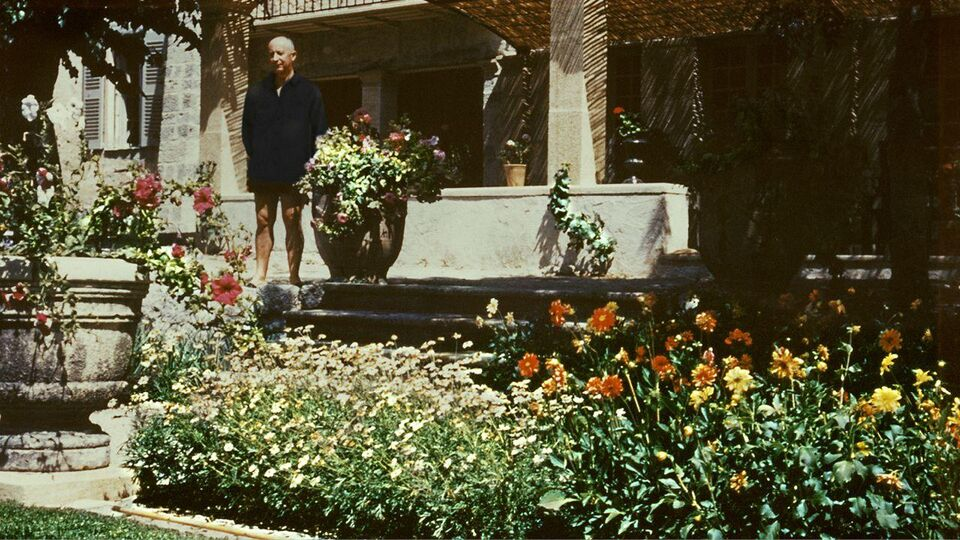 Summer In Provence: The House That Dior Built