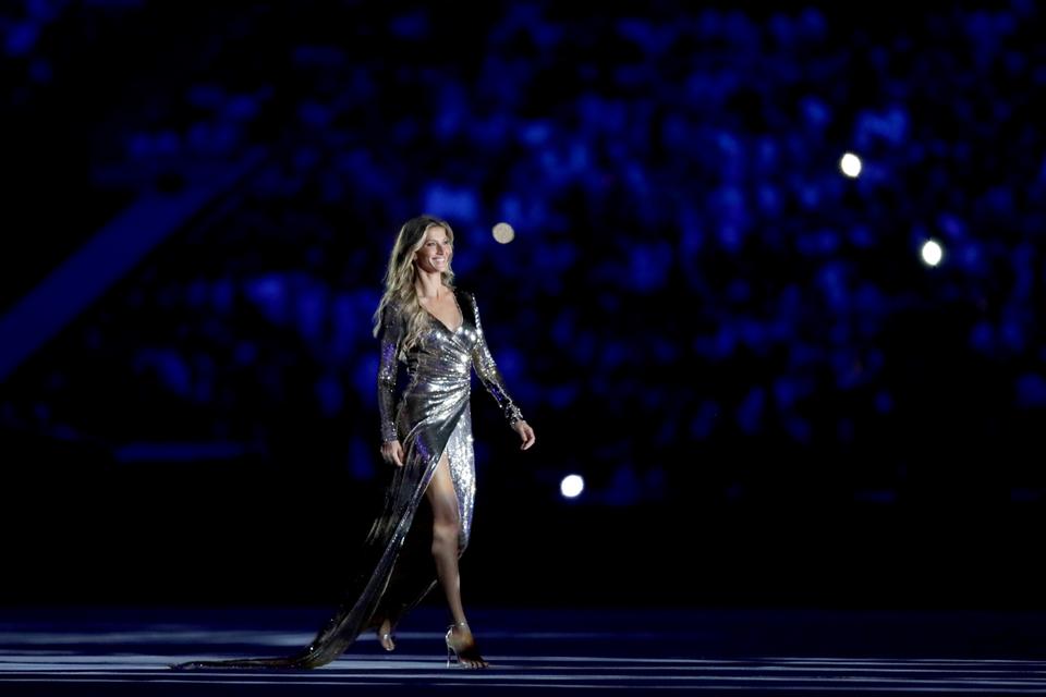 Gisele Bündchen Walked The World's Longest Runway In Rio