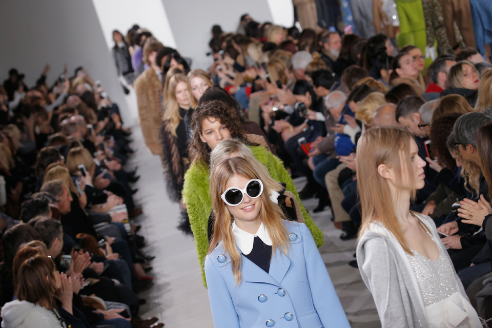 Watch The Michael Kors Collection S/S17 Catwalk Live From NYFW