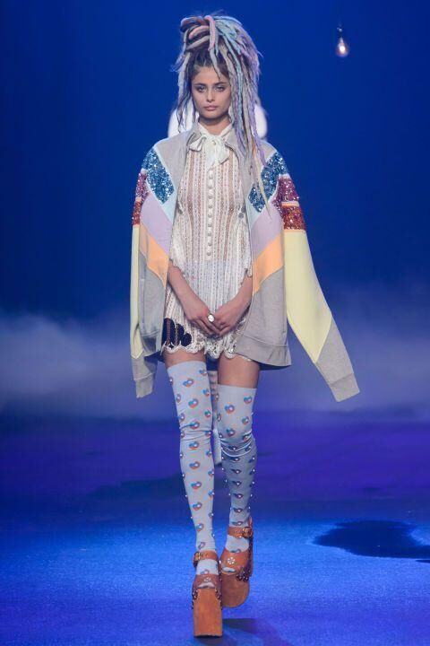 Marc Jacobs Closes New York Fashion Week With A Bang