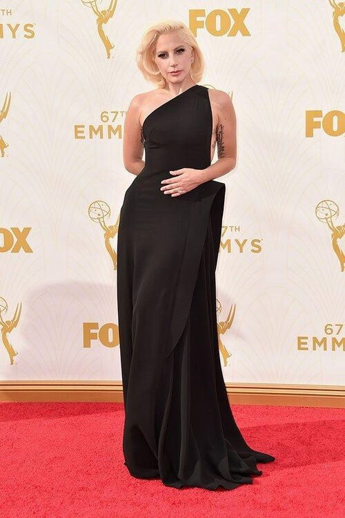 The Best Emmy Awards Looks Of All Time
