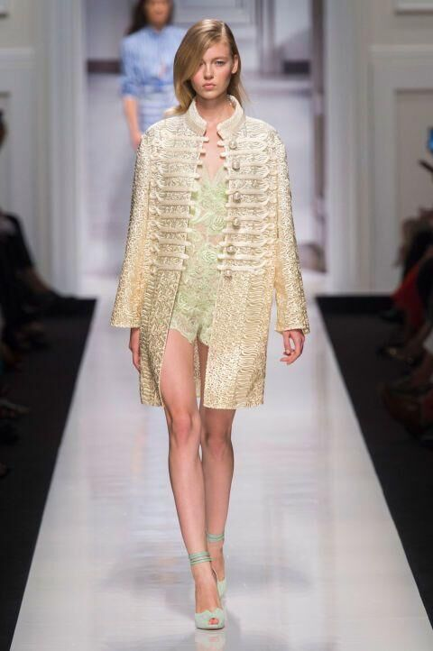 All Of The Beautiful Looks From Ermanno Scervino's Spring/Summer 2017 Catwalk