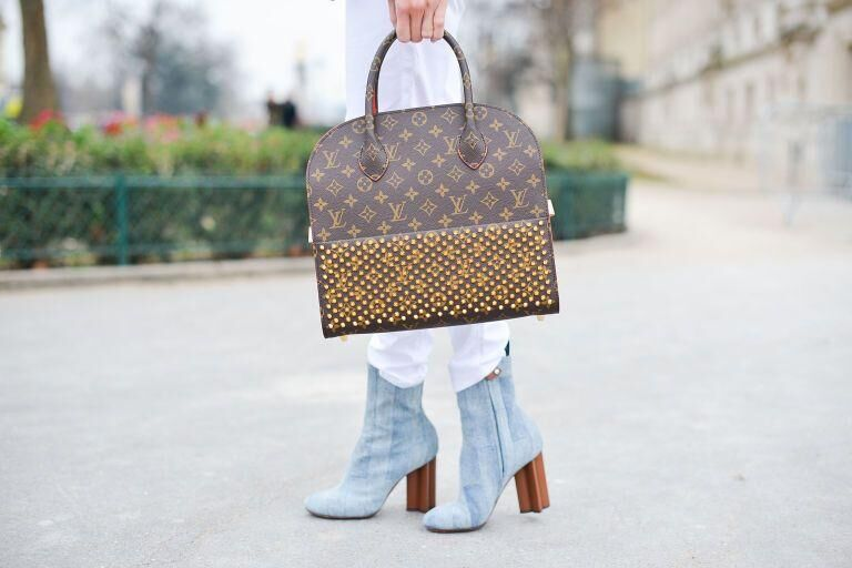 A Louis Vuitton Handbag Is Now Cheaper In The UK Than Anywhere Else In The World