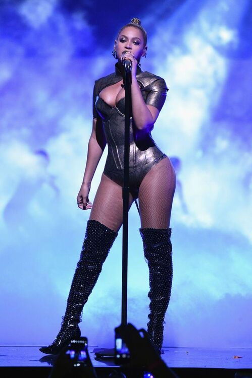 All Of Beyoncé's Killer Outfits At Last Night's Tidal X Concert