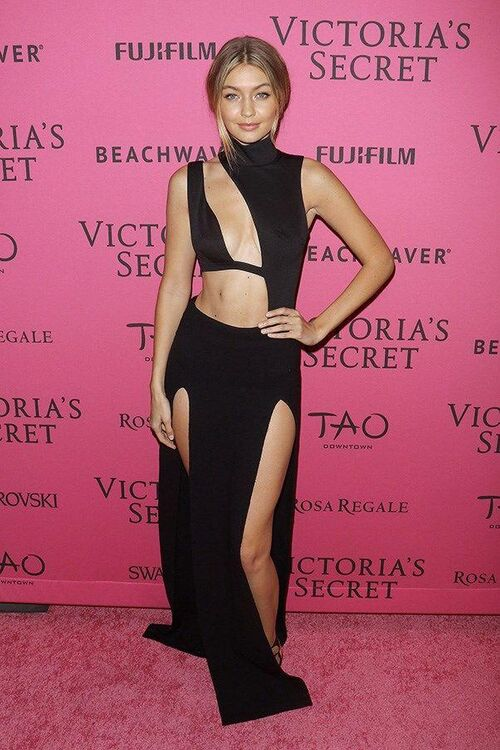 All Of The Models Walking In The 2016 Victoria's Secret Fashion Show