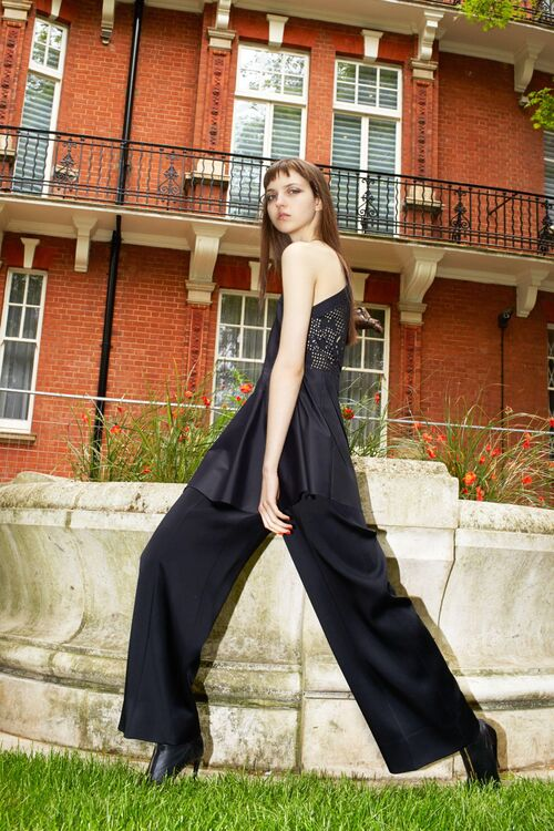 Exclusive: Roland Mouret On His Resort 2017 Collection