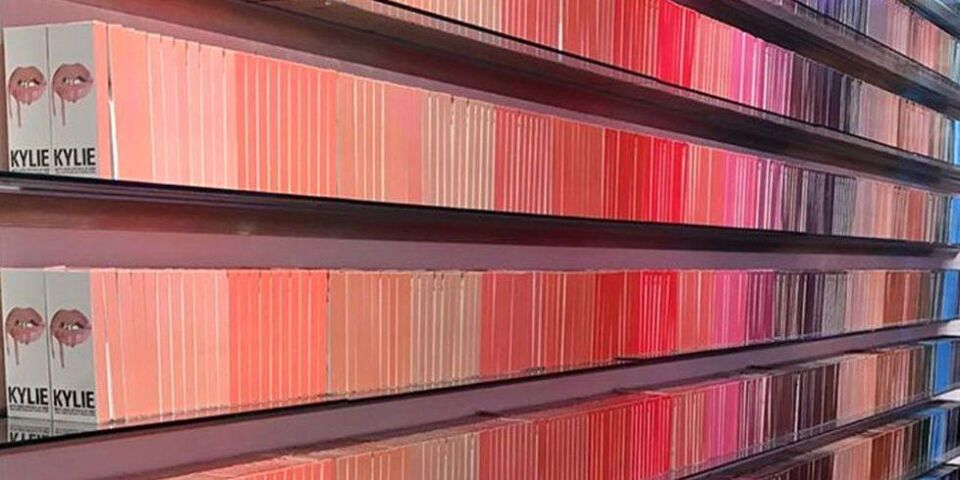 Kylie Jenner Built A Wall Out Of Lip Kits At Her Pop-Up Shop