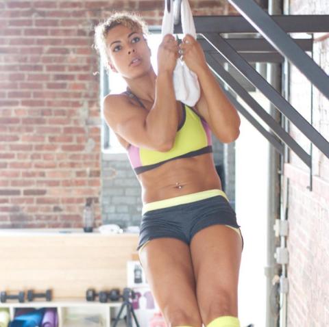 25 Inspiring Fitness Girls To Follow On Instagram