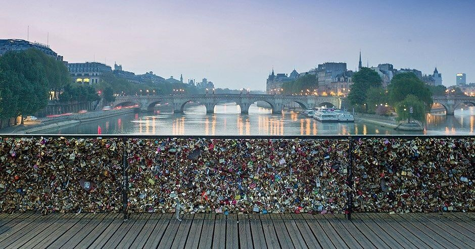 Paris Is Selling The Iconic Love Locks Off Its Bridges, But It's For A Great Reason