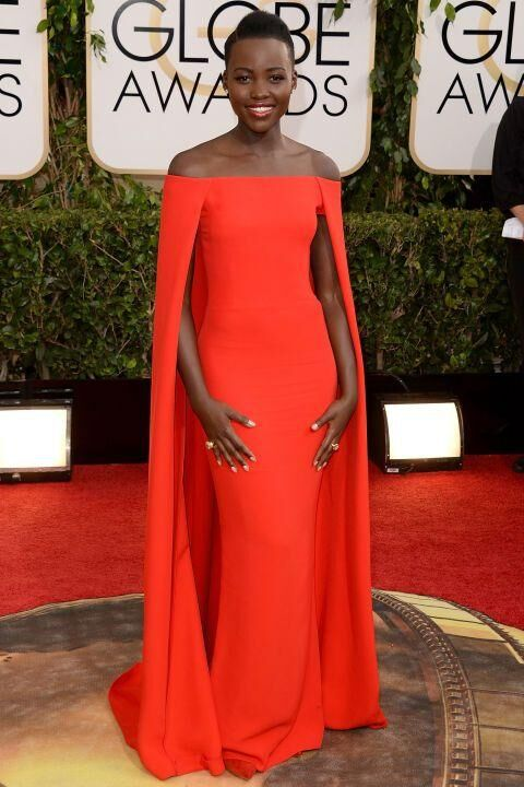 34 Of The Best Golden Globe Dresses In History