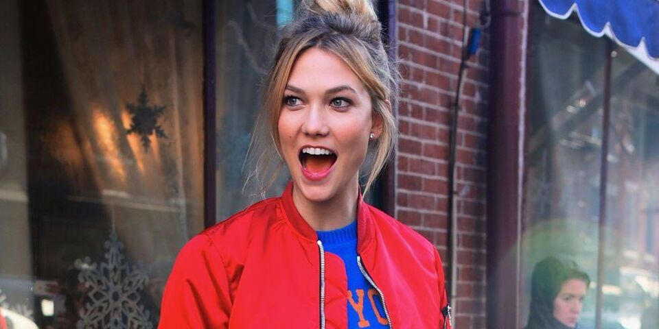 The Homemade Superfood Smoothie Karlie Kloss Swears By