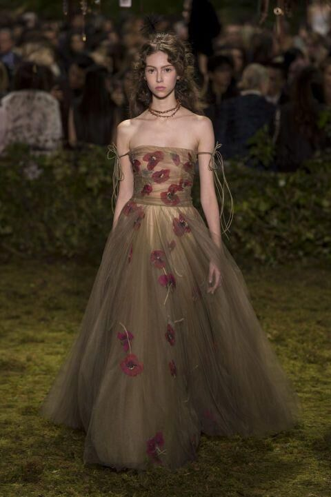 Maria Grazia Chiuri Makes Her Couture Debut For Dior