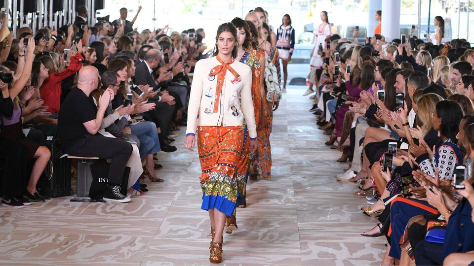 Watch The Tory Burch A/W17 Runway Show Live From New York