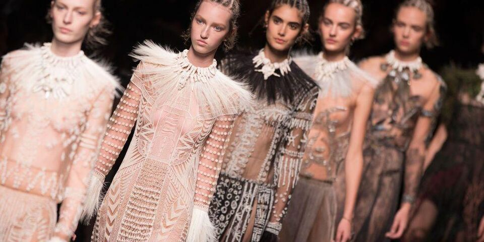 Watch Valentino's A/W17 Show Live From Paris