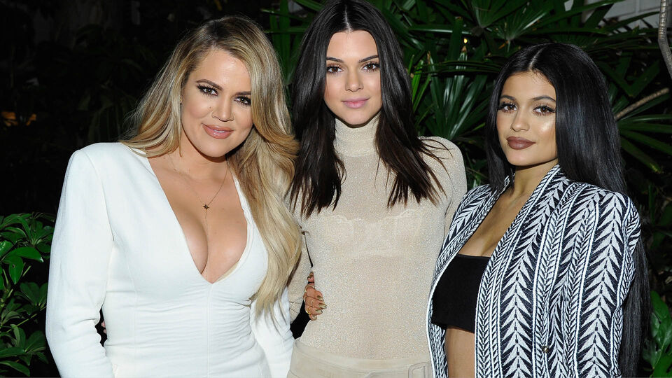 """Khloe Kardashian Says She Got """"Anxiety"""" Over Competing With Kylie Jenner"""