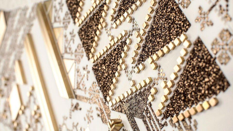 Arabian Embroidery through Furniture