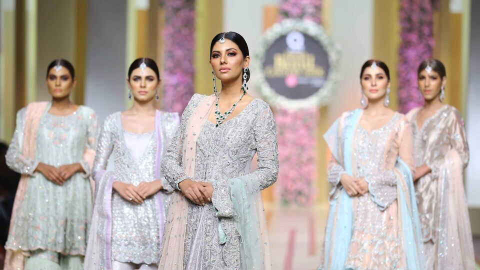 5 Highlights From Pakistan's Bridal Couture Week 2017
