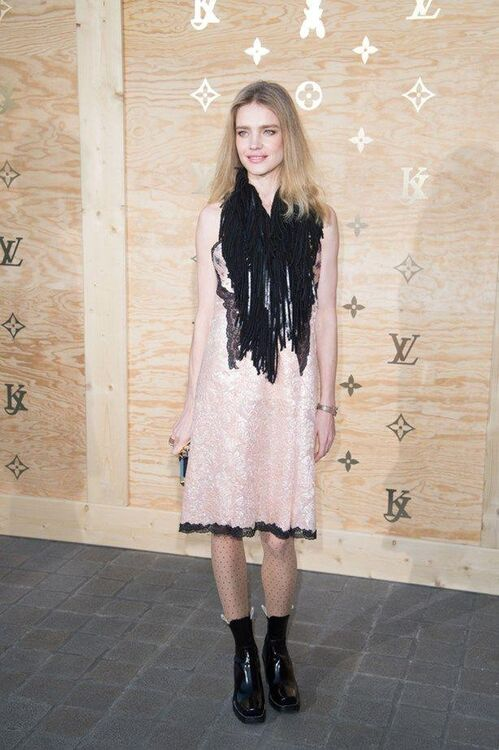 The Must-See Looks From The Louis Vuitton X Jeff Koons Collaboration Dinner