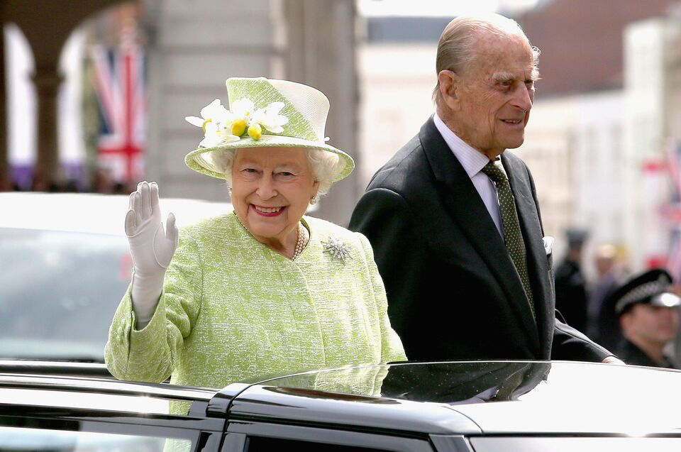 Queen Elizabeth's Personal Assistant Is Writing A Book About Their Friendship