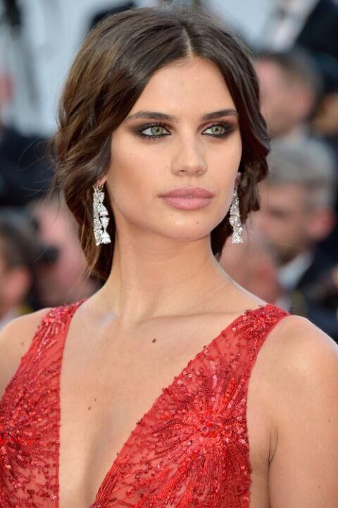 The Must-See Beauty Looks From The Cannes Red Carpet