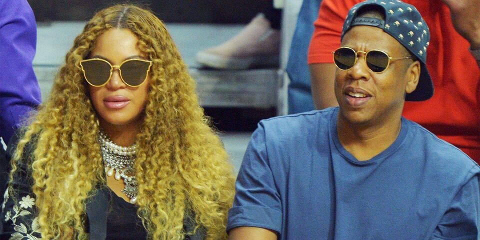 Jay Z Has An Adorable Dad Moment With Beyonce's Baby Bump