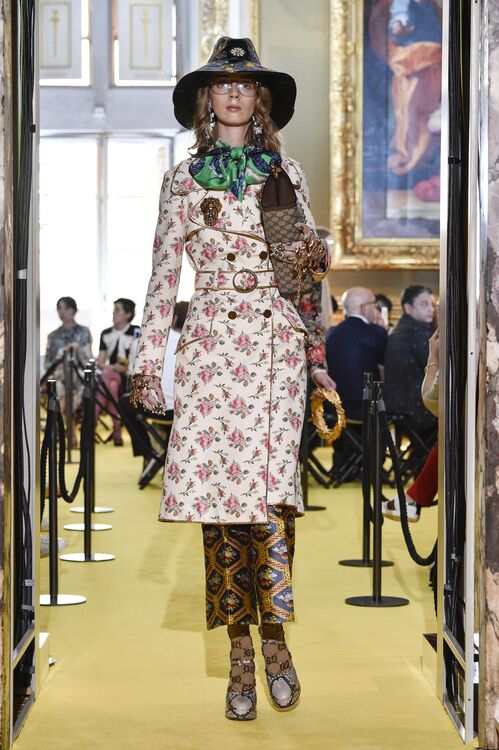All The Must-See Looks From Gucci's Cruise 2018 Presentation