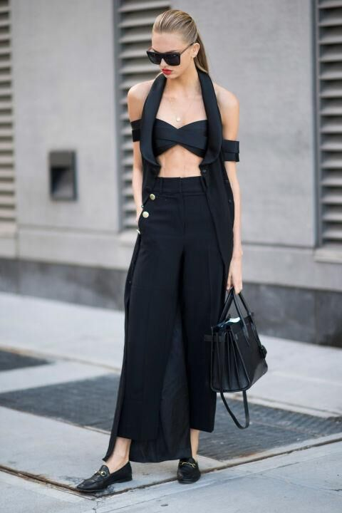 15 Photos That Prove You Can Wear Black All Summer Long