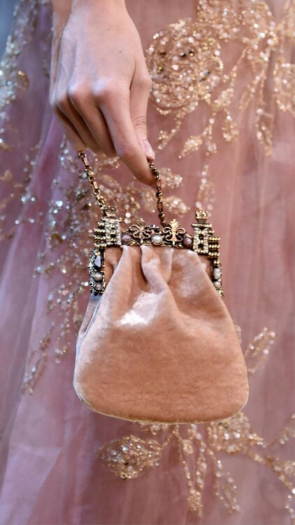Paris Couture Week: The Details