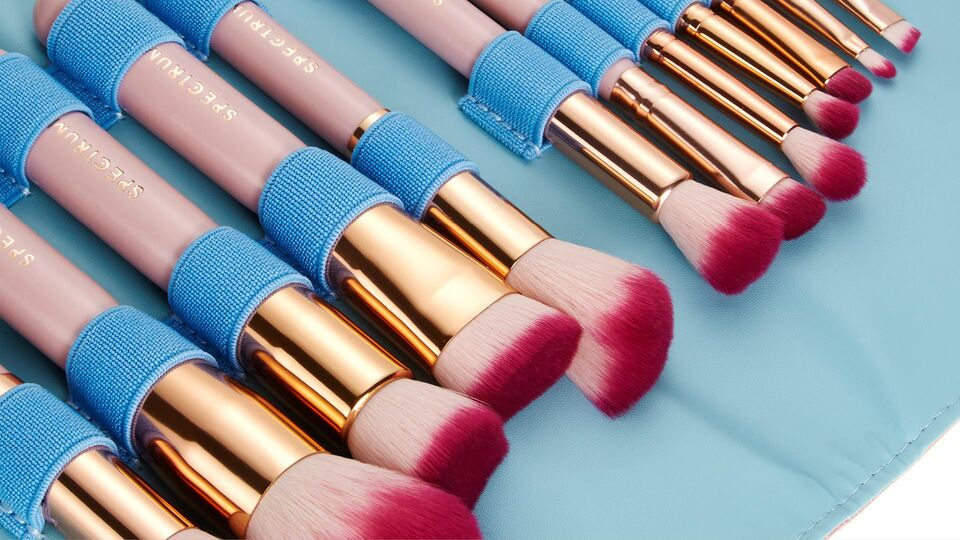 The Make-Up Brushes All Beauty Bloggers Are Obsessed With Have Just Landed In Dubai