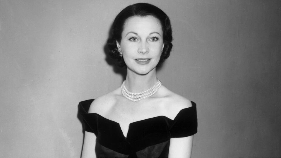 Some Of Vivien Leigh's Most Iconic Outfits Are Going Up For Auction
