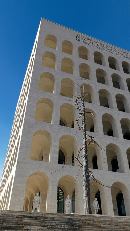A Tree for Rome: Giuseppe Penone's Commission for Fendi and the Eternal City