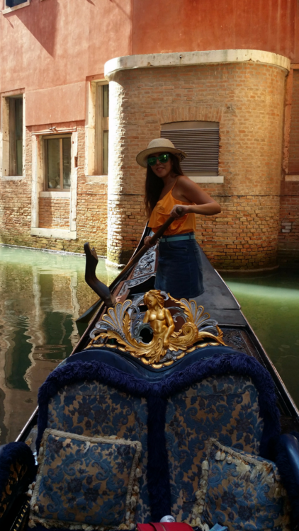 From Dubai To Milan: A Lesson In Fashion